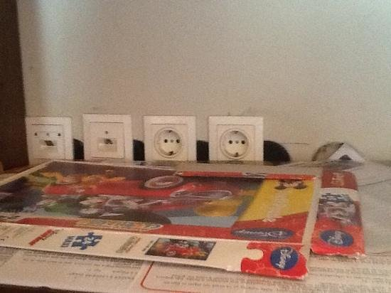 Filoxenia : open electrical power sockets at the kids playroom, dangerous