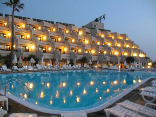 Hotel Gala: Piscina esterna