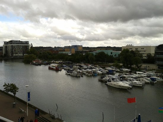 DoubleTree by Hilton Lincoln: beautiful view of marina