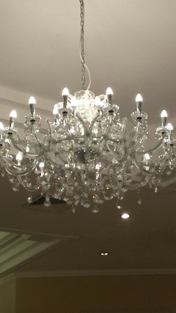 Atlantica Bay Hotel: Lights in dining room!!