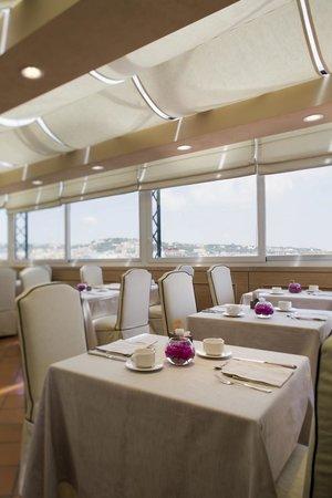 Starhotels Terminus: Dining