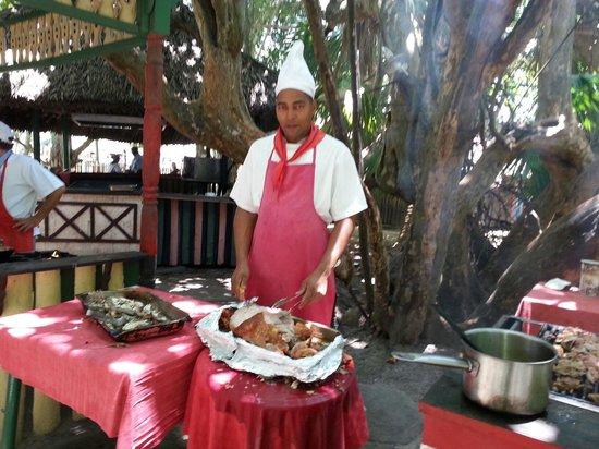 Brisas del Caribe Hotel: Parrilla