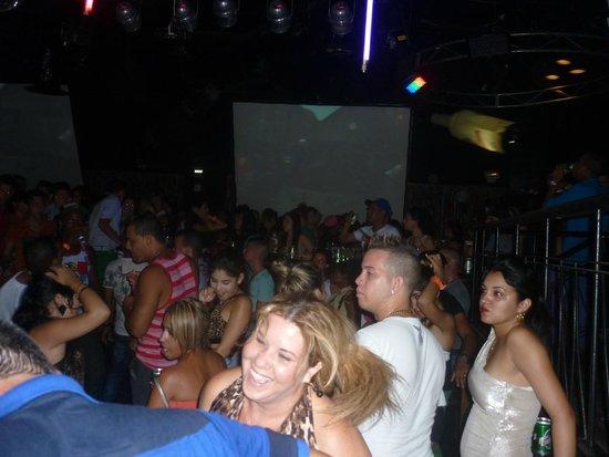 Hotel Tuxpan Varadero: Inside the La Bamba discoteka