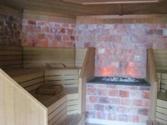 Leading Family Hotel & Resort Alpenrose: sauna pierre de sel