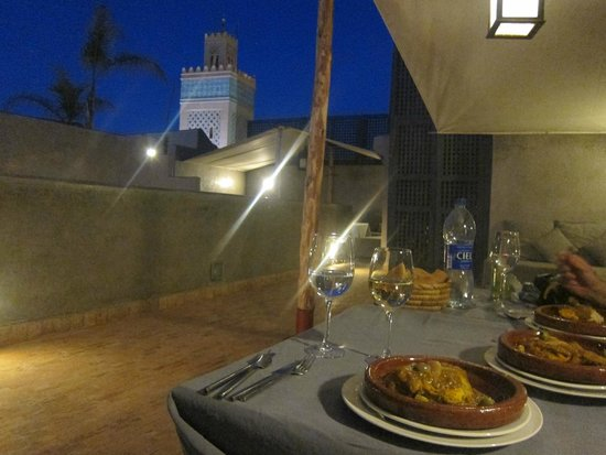 Riad Awa : Rooftop - Starlit dinner on our first night