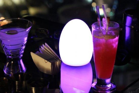 L'Appart - Sofitel Bangkok Sukhumvit: Pre diner cocktails