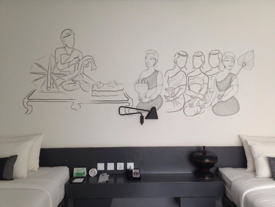 TEAV Boutique Hotel: Beautiful mural on room wall