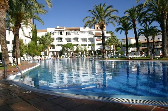 Club Marmara Marbella: une des 2 piscine principale