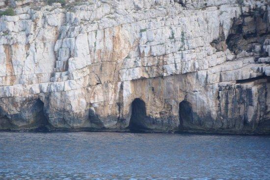 Frecce delle Grotte di Antonio Piccinnu: Outras Grutas menores avistadas no passeio