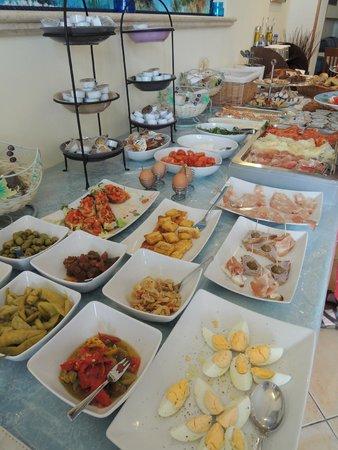 Hotel Cala Marina: breakfast