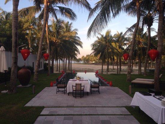 The Nam Hai Hoi An: Lovely In-villa BBQ dinner set-up!