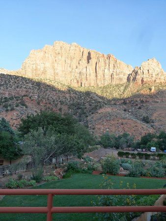 Zion Canyon Bed and Breakfast : vista dal nostro balcone