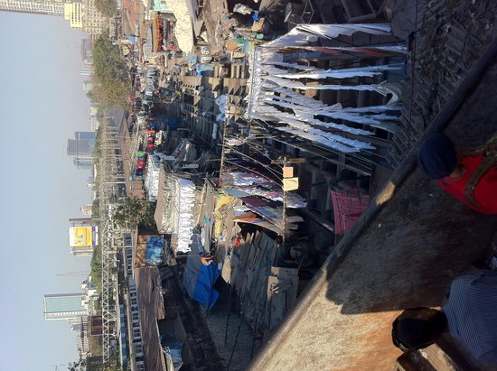 Dhobi Ghat: Overview from the nearby bridge