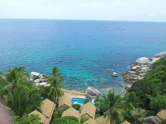 Aminjirah Resort: view out to sea