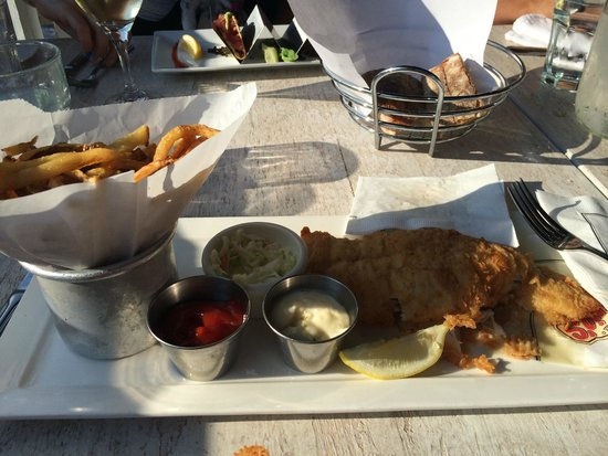 Louie's Oyster Bar & Grille: greasy