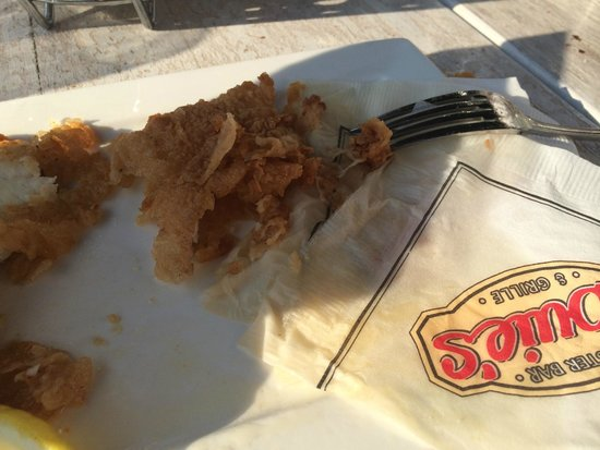 Louie's Oyster Bar & Grille: greasy and greasy