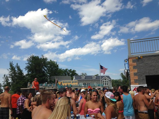 Sunset Bay Beach Club: Voted WNY's best party bar three times.