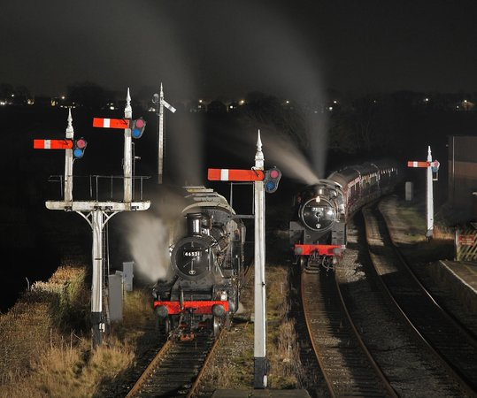 Midland Railway - Butterley: Night time at Swanwick Junction