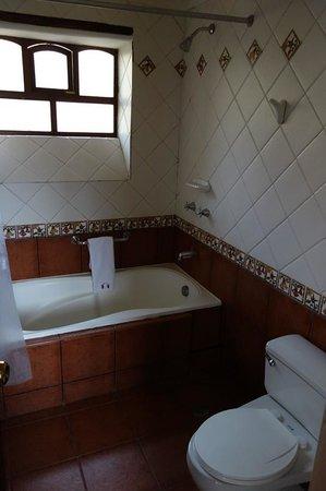 Hotel Hacienda del Valle: Blick ins Bad