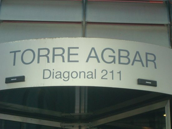 Torre Agbar : Placa sinalizadora