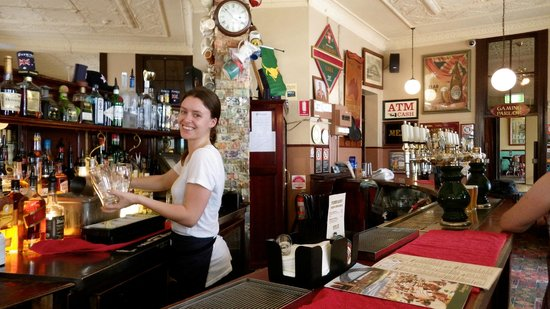 The Australian Heritage Hotel: The wonderful lady bartender at the Bar, & we are not usually bar people