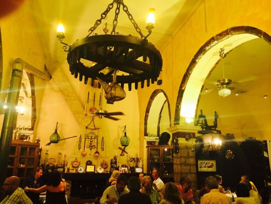 Celler la Parra : Interior - stunning!