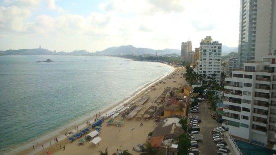 Gran Plaza Hotel Acapulco: Vista da varanda do quarto