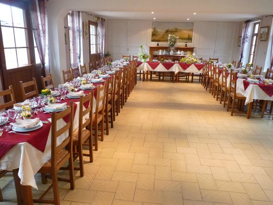 Ferme auberge du Blaisel : Table repas de famille