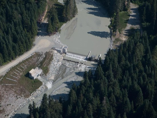 Peak to Creek: Hydro Dam as seen from Peak to Peak Gondola