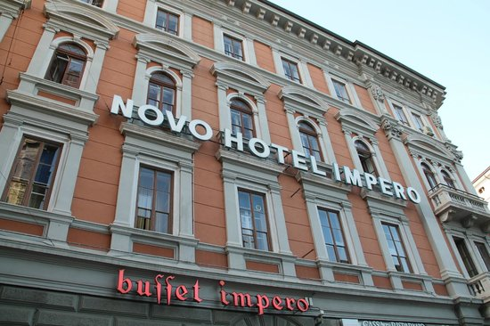 B&B Hotel Trieste: Il palazzo dell'hotel