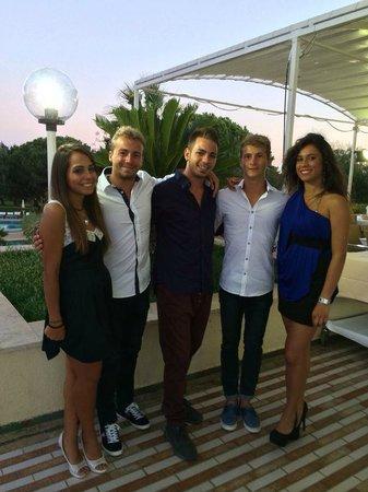 Club Alicudi Hotel : Noemi (à gauche) Vicio (au milieu) et Ilenia (à droite) : Deniere soirée