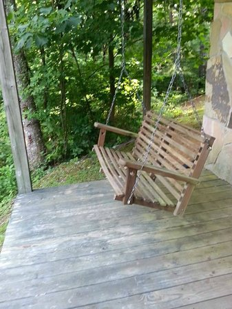 Laurel Mountain Cabins : Back Porch