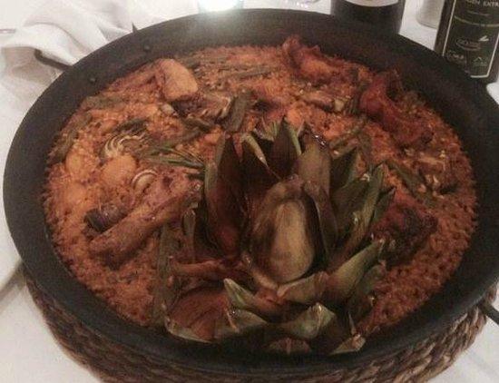 Restaurante Navarro: Valencian paella