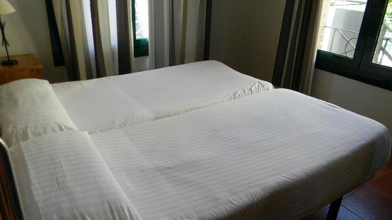 Sercotel Villa Engracia rural Hotel and Apartments : Habitación