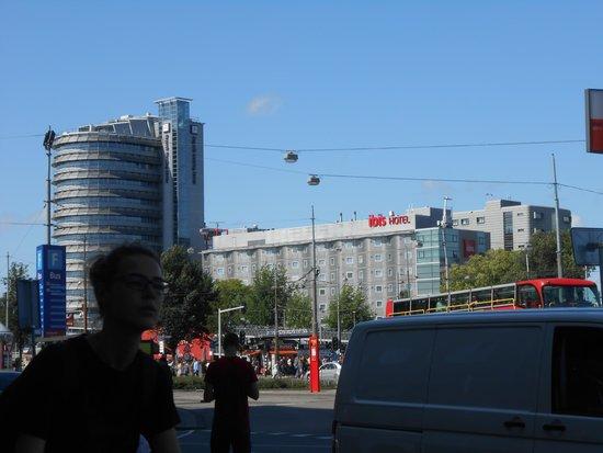 Ibis Amsterdam Centre: veduta dell'hotel