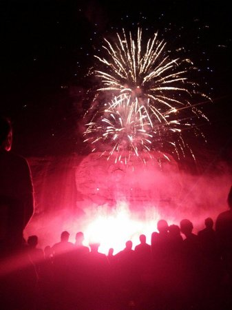 Lasershow Spectacular at Stone Mountain Park : Lasershow Fireworks