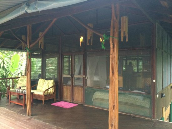 Iguana Lodge: Second floor casita with mosquito net walls