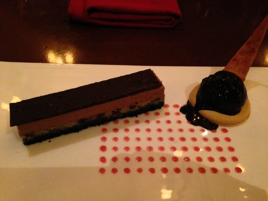 Le Cellier Steakhouse: Choc Cake
