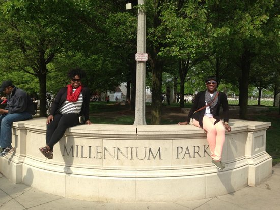 enjoying Millennium Park with my bestie