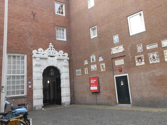 Amsterdam Museum: ingresso del museo