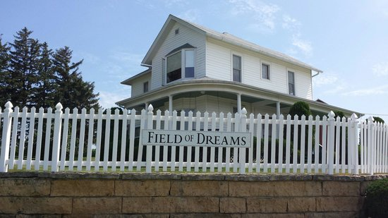 Field of Dreams Movie Site: Field of Dreams