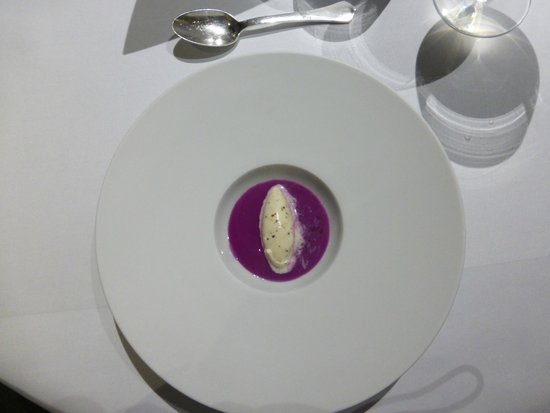 The Fat Duck: red cabbage and pommery grain mustard ice cream