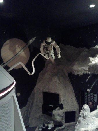 Best Western Fireside Inn : astronaut