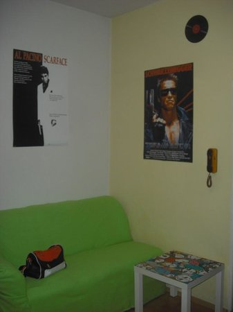 Ruta 80 Hostel: Common room