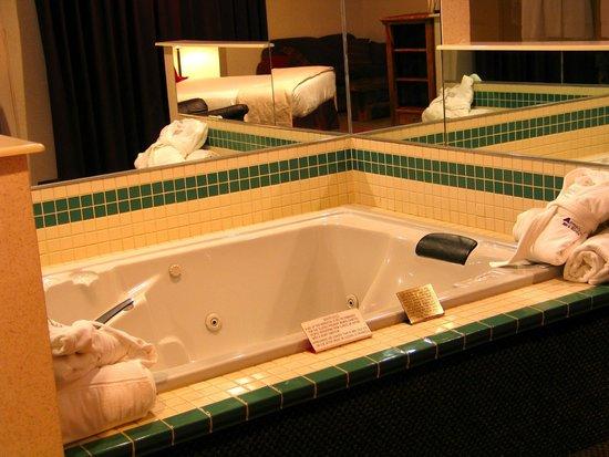 AmeriStay Inn Moses Lake : Executive Suite