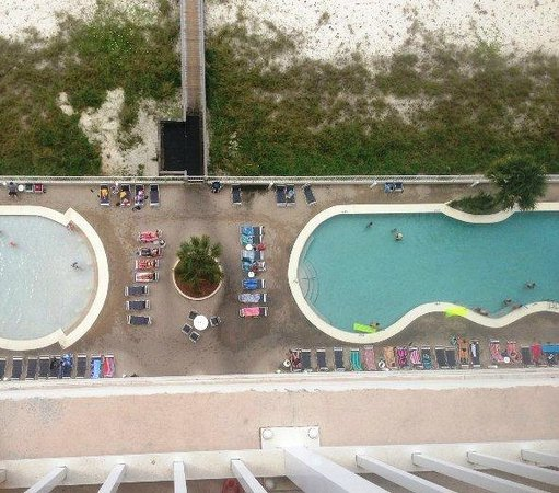The Lighthouse Condominiums: Lighthouse Condo: Two outdoor pools, two hot tubs & an indoor pool