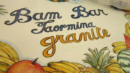 Bam Bar: tavolino all'aperto