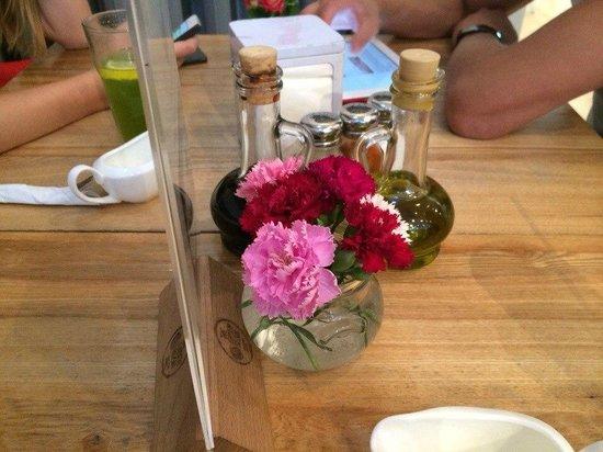The Green Bean : Еще немного цветов
