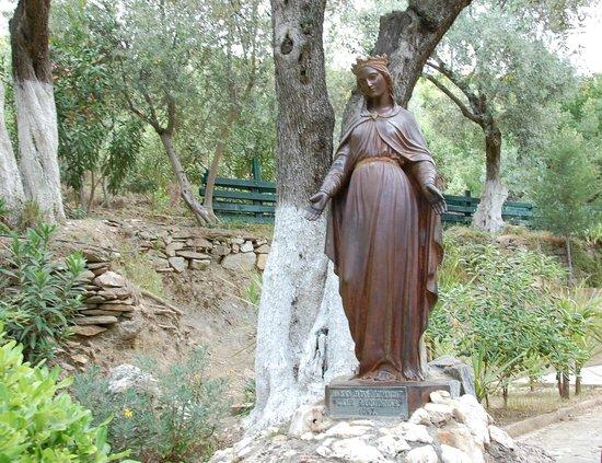 Meryemana (The Virgin Mary's House): Statue of the Virgin Mary at the House of Virgin Mary site