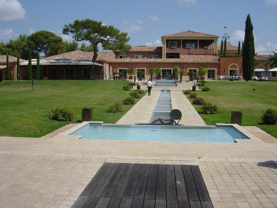 Hotel & Spa du Castellet : De l'espace détente vers l'hotel